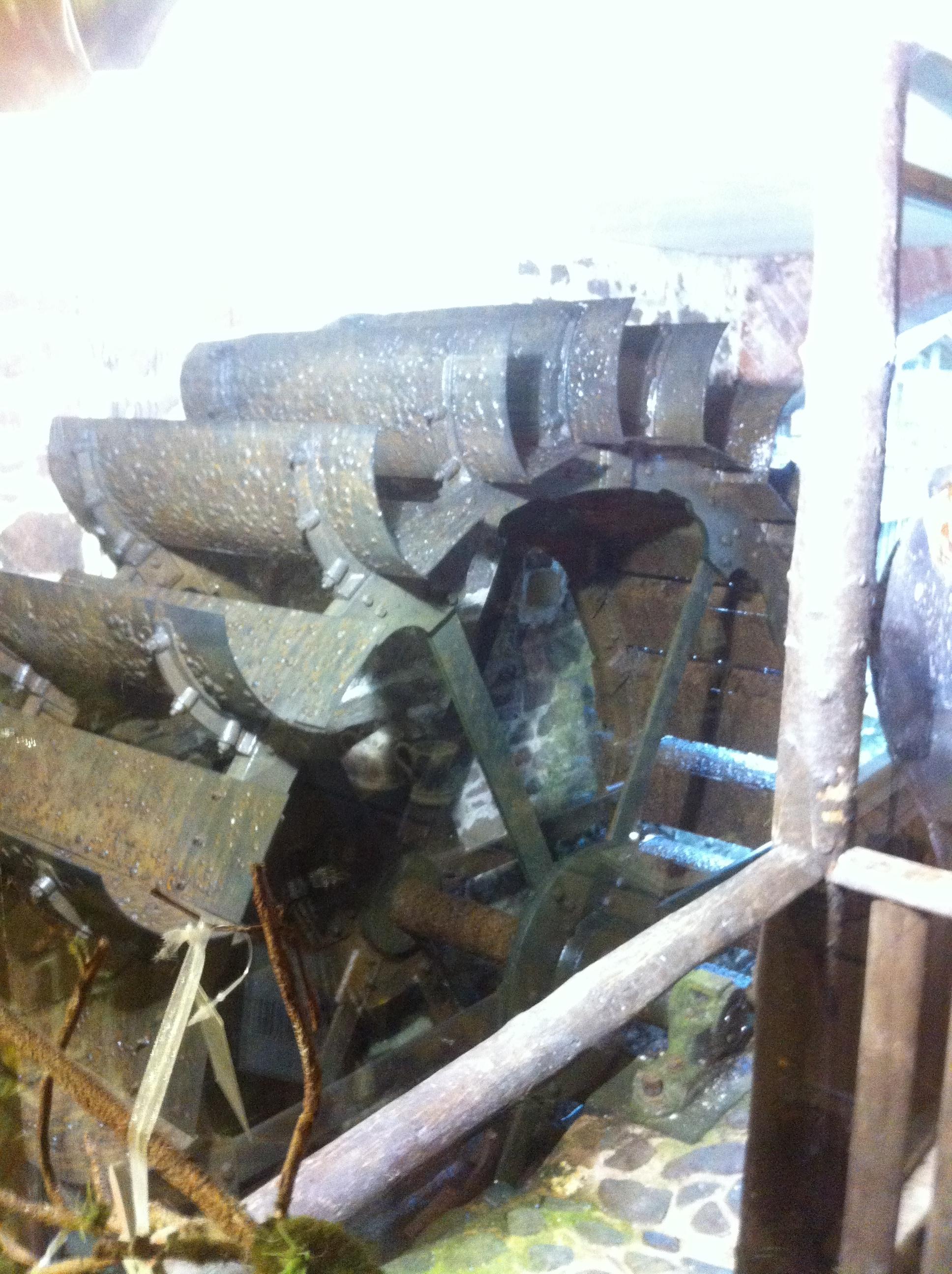 Original Town Mills waterwheel now at Bickleigh (1)